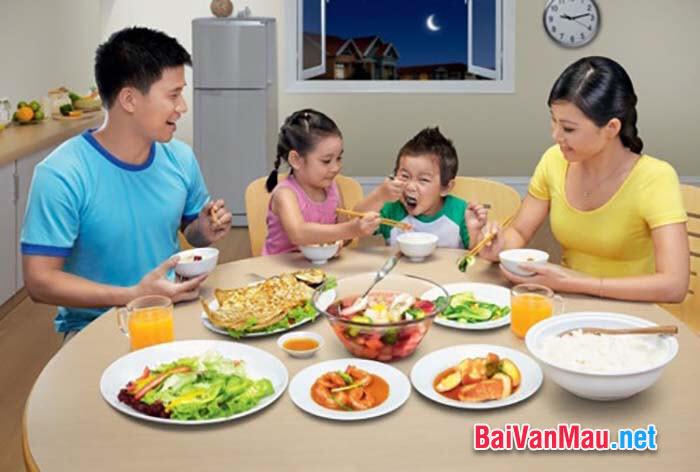 Anh (chị) suy nghĩ như thế nào về việc xây dựng hạnh phúc gia đình qua những bữa cơm hằng ngày