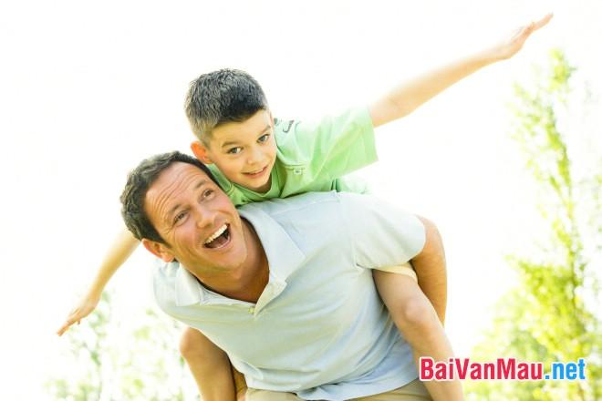 Văn nghị luận xã hội: Con có cha như nhà có nóc; Con hơn cha là nhà có phúc