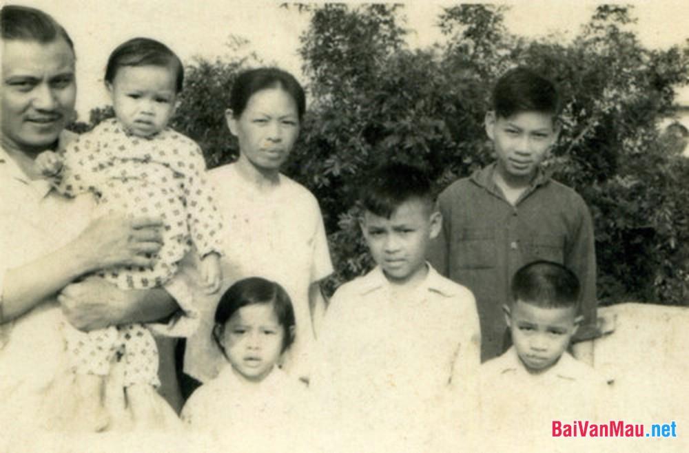 Văn nghị luận: Phân tích bài thơ Tây Tiến của Quang Dũng