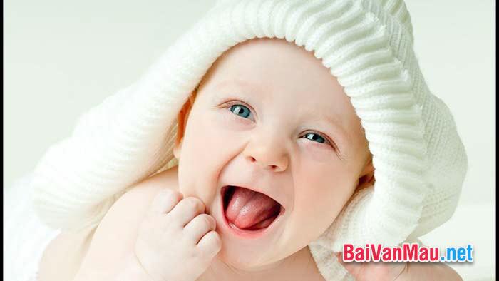 """Em có đồng ý với ý kiến sau đây của Bailey: """"Khi bạn sinh ra, bạn khóc còn mọi người xung quanh cười. Hãy sống sao cho khi bạn qua đời, mọi người khóc còn bạn, bạn cười"""