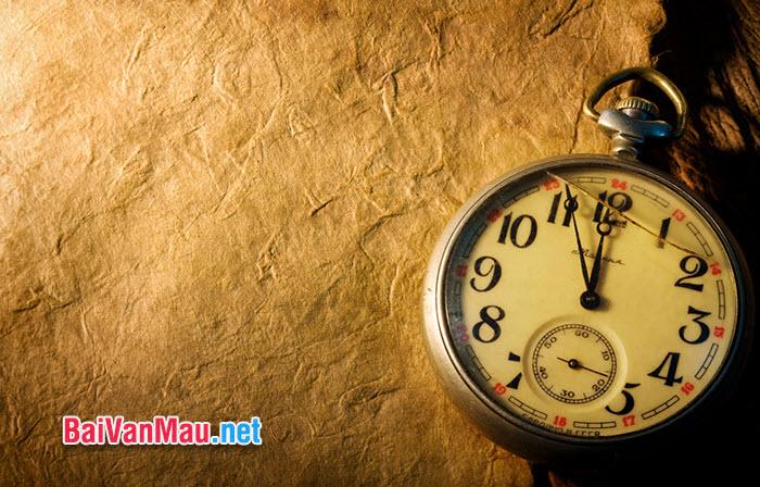 """Có người từng nói: """"Có ba điều trong cuộc đời mỗi người, nếu đi qua sẽ không lấy lại được: thời gian, lời nói và cơ hội"""". Anh (chị) có suy nghĩ gì về câu nói đó"""