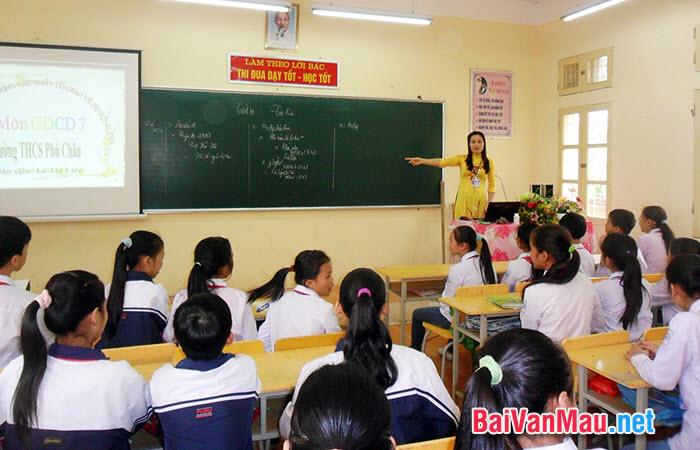 Em hãy viết đơn gửi Ban giám hiệu nhà trường Trung học sơ sở Mễ Trì xin học lớp 6 tại trường