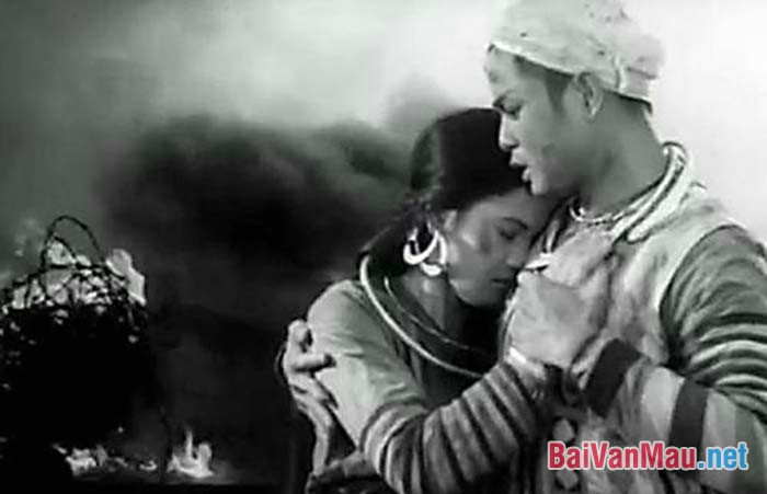 Vợ Chồng A Phủ của Tô Hoài và Vợ nhặt của Kim Lân là hai truyện ngắn đều viết về số phận và vẻ đẹp tâm hồn của người lao động. Em hãy phân tích hai truyện ngắn trên trong mối quan hệ đối sánh để nêu bật đặc sắc riêng của từng tác phẩm