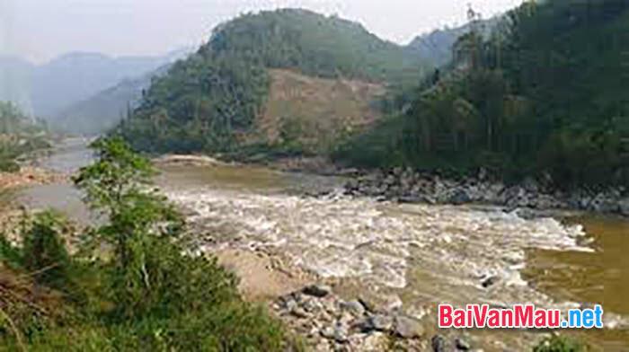 Anh chị hãy phân tích hình tượng người lái đò sông Đà trong tác phẩm cùng tên tác giả Nguyễn Tuân