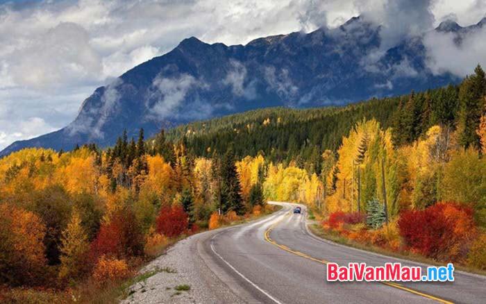 Văn nghị luận - Thiên nhiên và đời sống của con người trong thời khắc chuyển mùa