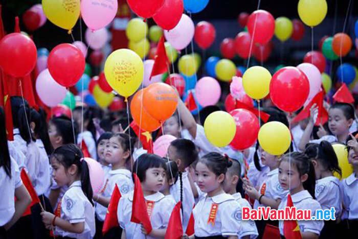 Cảm thụ văn học: Kỉ niệm ngày khai trường đầu tiên